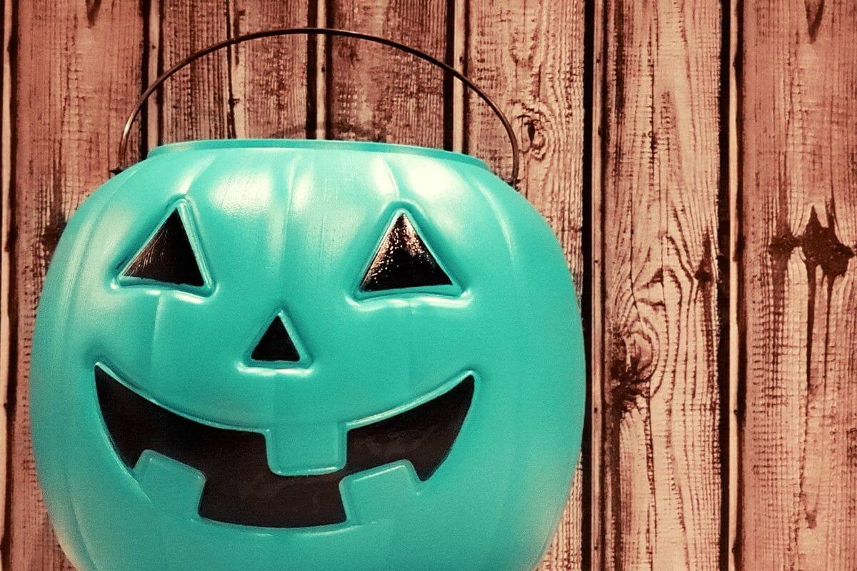 Halloween Teal Pumpkin